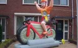 Nieuw in ons assortiment: wielrenners!! 1